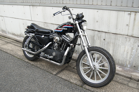 FOR SALE!! HARLEY-DAVIDSON XL883R コンプリートカスタム_e0182444_19185511.jpg