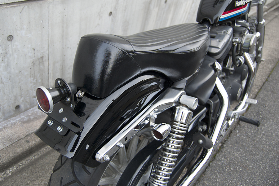 FOR SALE!! HARLEY-DAVIDSON XL883R コンプリートカスタム_e0182444_19194157.jpg