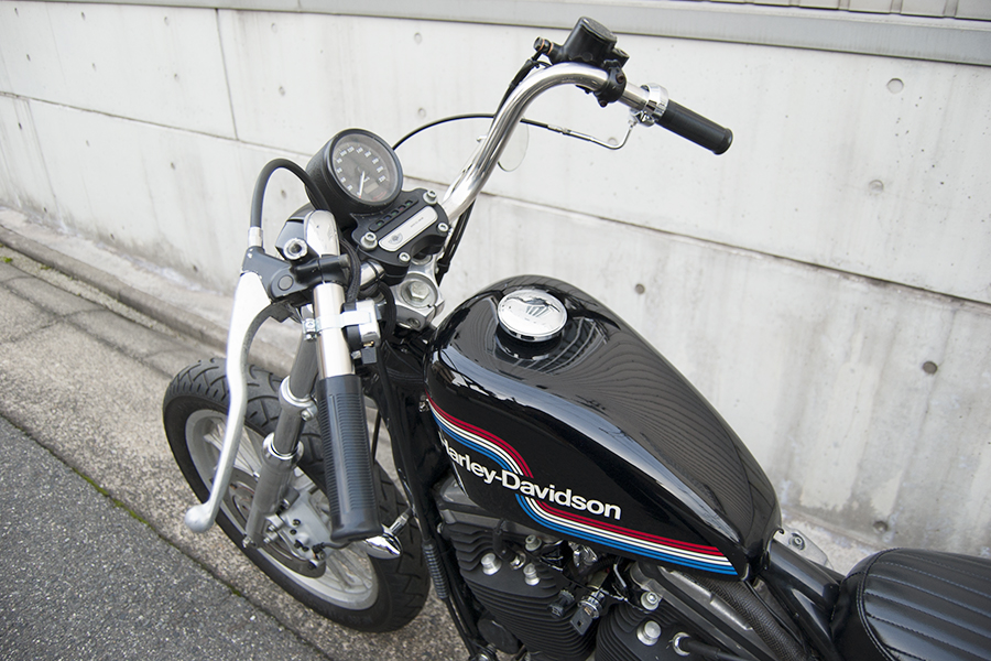 FOR SALE!! HARLEY-DAVIDSON XL883R コンプリートカスタム_e0182444_19195573.jpg