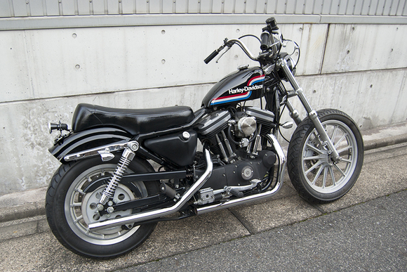 FOR SALE!! HARLEY-DAVIDSON XL883R コンプリートカスタム_e0182444_1919589.jpg