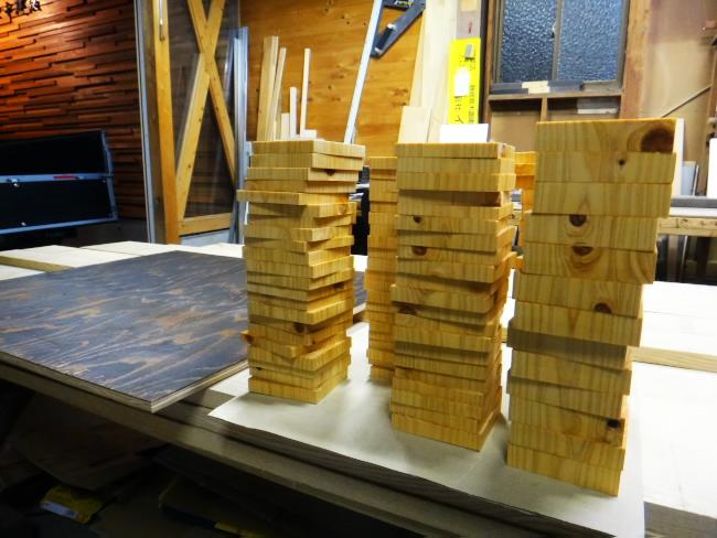 木製アクセントウォール試作_c0184295_1829968.jpg