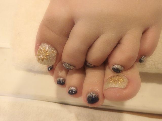 Navy Foot Nail_a0239065_16454897.jpg