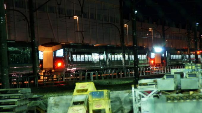 東武鉄道 新型特急リバティ!_a0268377_21330433.jpg