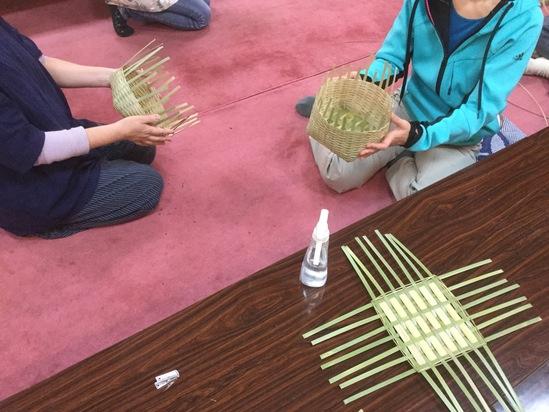竹刈り!_e0143294_2215586.jpg