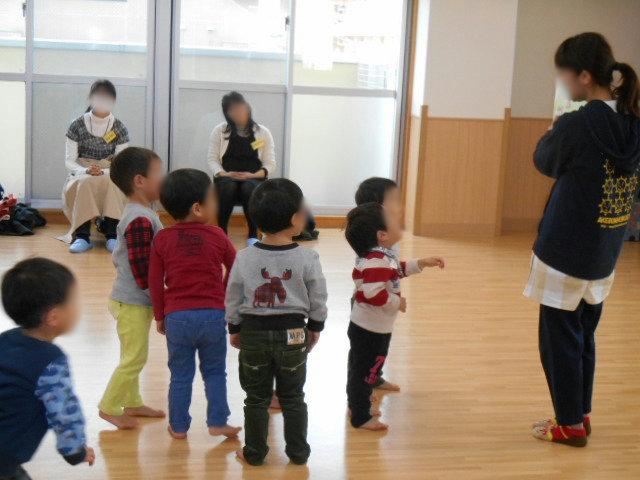 くま組 保育参観と給食懇談会_e0148419_11523863.jpg
