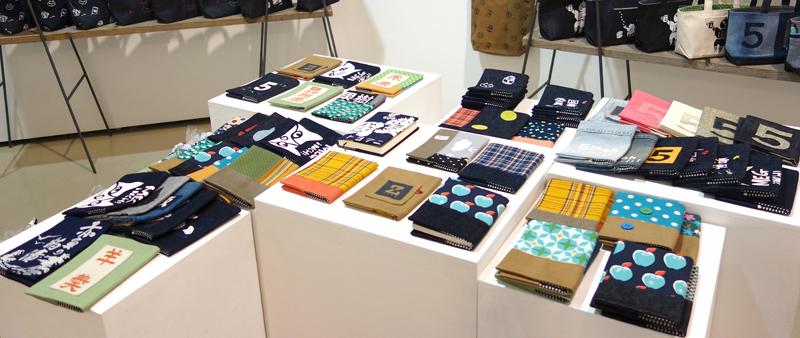 今日12/7(水)から!『5inch & megumi murakami Christamas Exhibition』とりあえず全部見せます!_a0017350_07152413.jpg