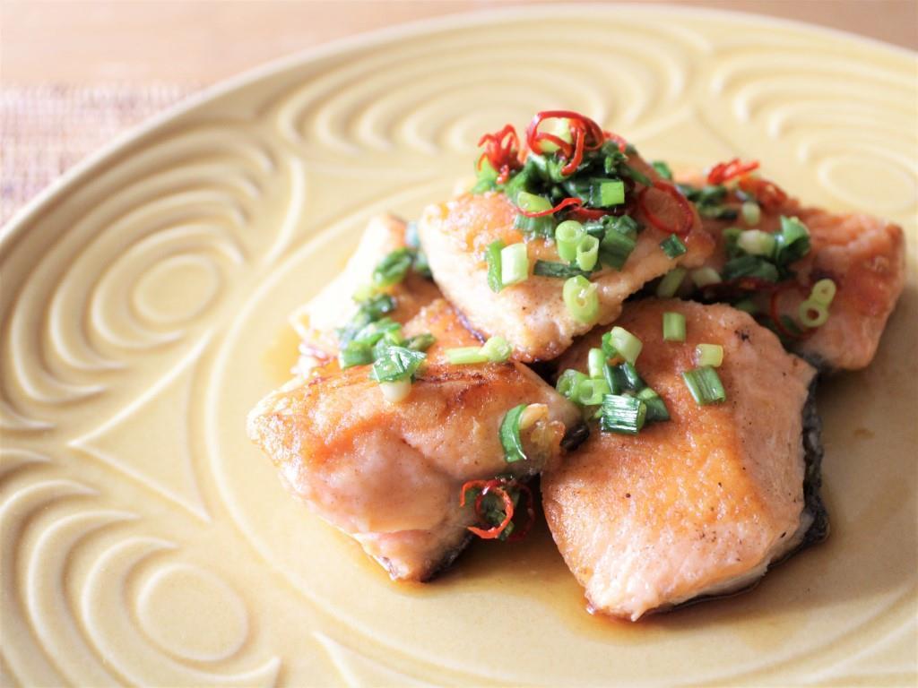 鮭の香味ソースがけ_f0220354_13500390.jpg