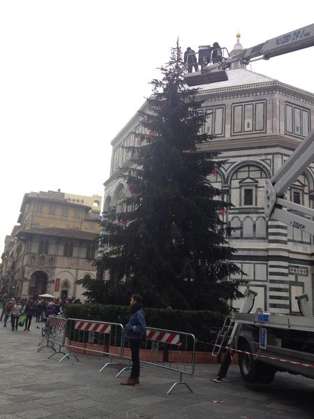 出しゃばらないフィレンツェのクリスマス時期_a0136671_042629.jpg