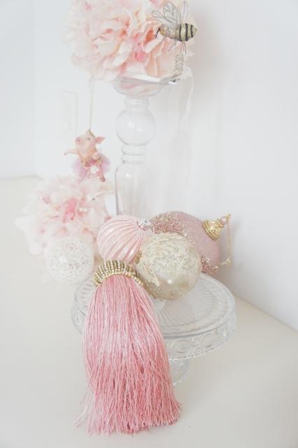 今年はノーブルなピンクが気分のクリスマス!_f0083294_11311765.jpg