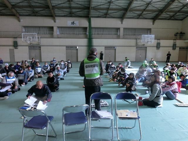 今年は吉高新聞部が訓練の様子を新聞として発行  4回目の「吉原高校避難所開設・運営訓練」_f0141310_871962.jpg