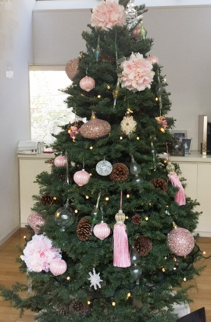 今年はノーブルなピンクが気分のクリスマス!_f0083294_23241156.jpg