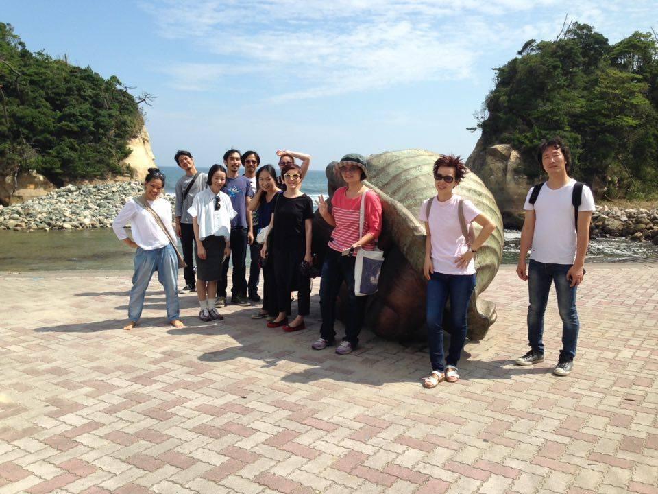 9/17 県北芸術祭へ。テアの鯨探訪と、海側へ。_a0216706_2122537.jpg