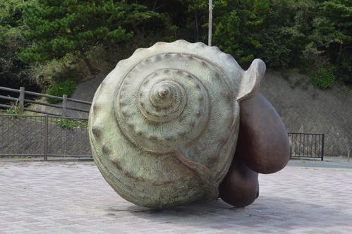 9/17 県北芸術祭へ。テアの鯨探訪と、海側へ。_a0216706_214912.jpg