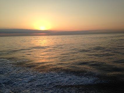 遠州灘はメジ漁の漁船がいっぱい_f0009039_15144063.jpg
