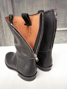 OILED LEATHER RIDING BOOTS_d0100143_12143755.jpg