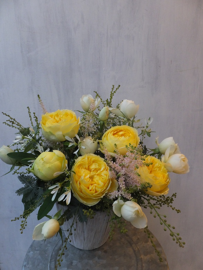 オークリーフ(初冬のバラのアレンジメント)_f0049672_18501598.jpg