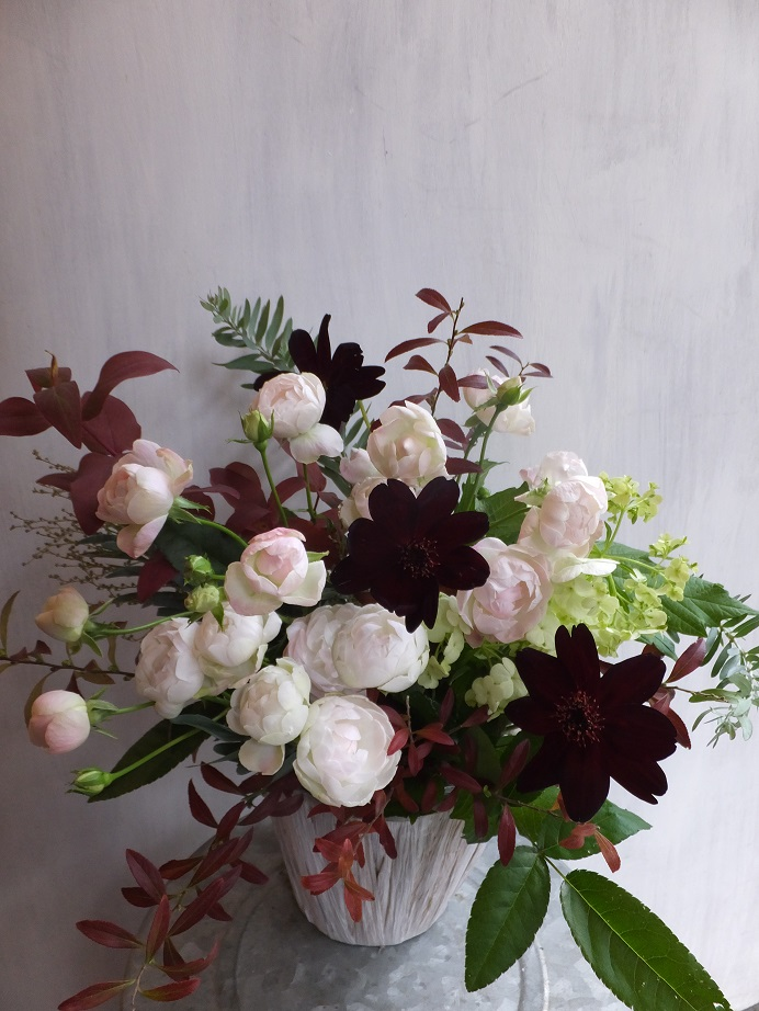 オークリーフ(初冬のバラのアレンジメント)_f0049672_18505129.jpg