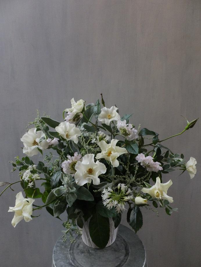 オークリーフ(初冬のバラのアレンジメント)_f0049672_18535458.jpg