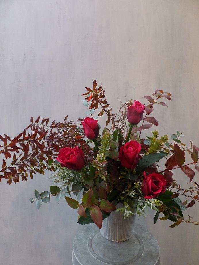 オークリーフ(初冬のバラのアレンジメント)_f0049672_18542859.jpg