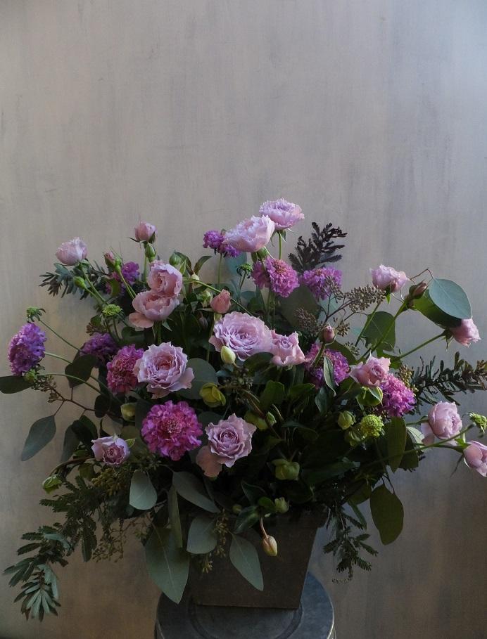 オークリーフ(初冬のバラのアレンジメント)_f0049672_1855311.jpg