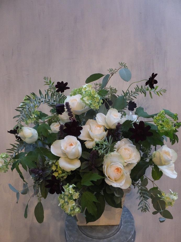 オークリーフ(初冬のバラのアレンジメント)_f0049672_1856124.jpg