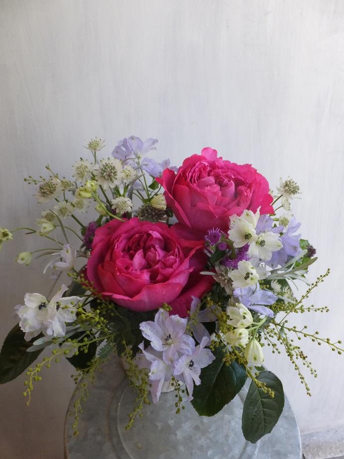 オークリーフ(初冬のバラのアレンジメント)_f0049672_1857397.jpg