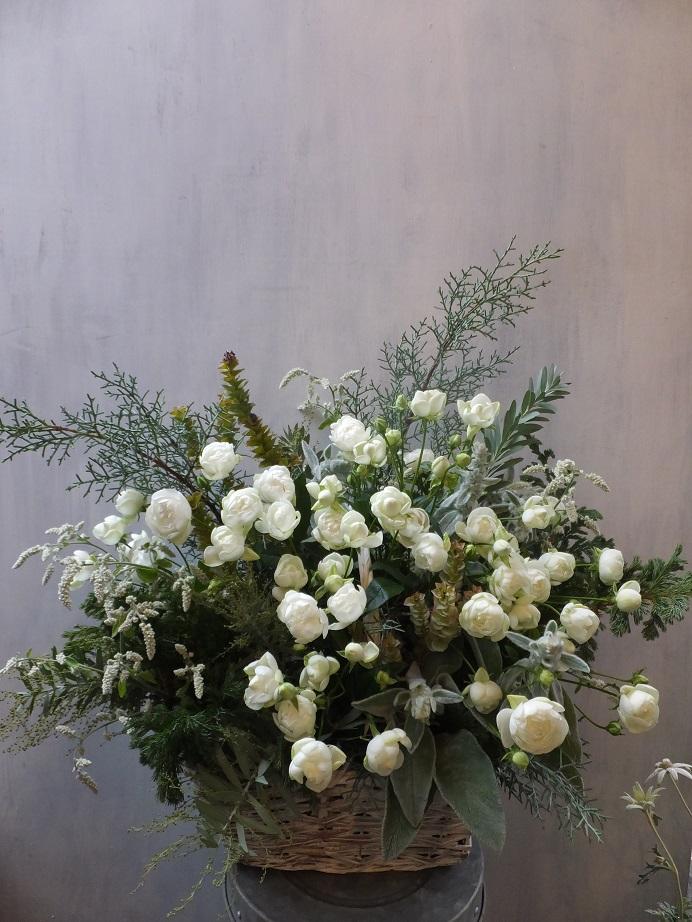 オークリーフ(初冬のバラのアレンジメント)_f0049672_18581361.jpg