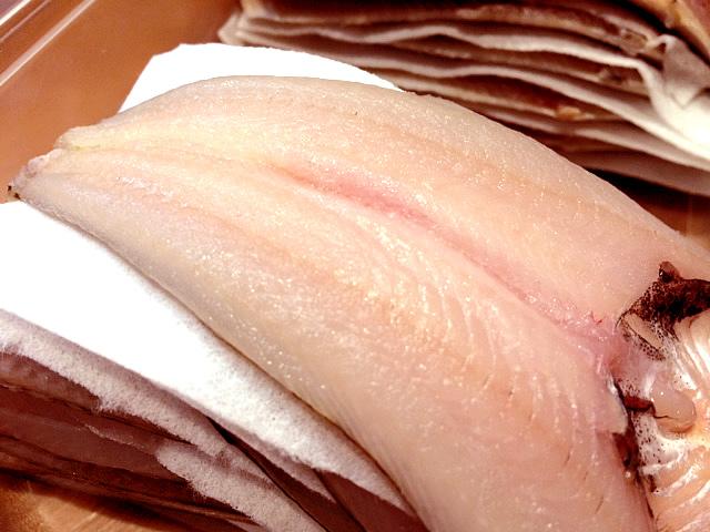 12/10の魚の天ぷら「真イワシ」「はたはた」_c0092877_0495135.jpg