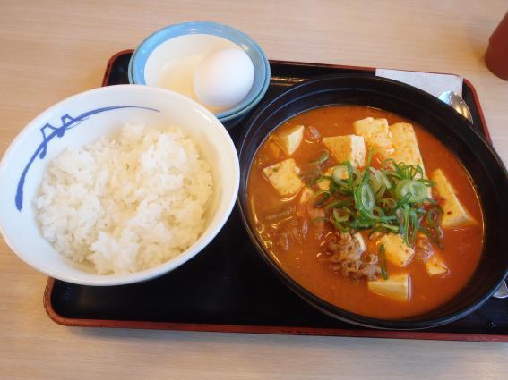 松屋の豆腐キムチチゲ膳   門真店_c0118393_11114873.jpg