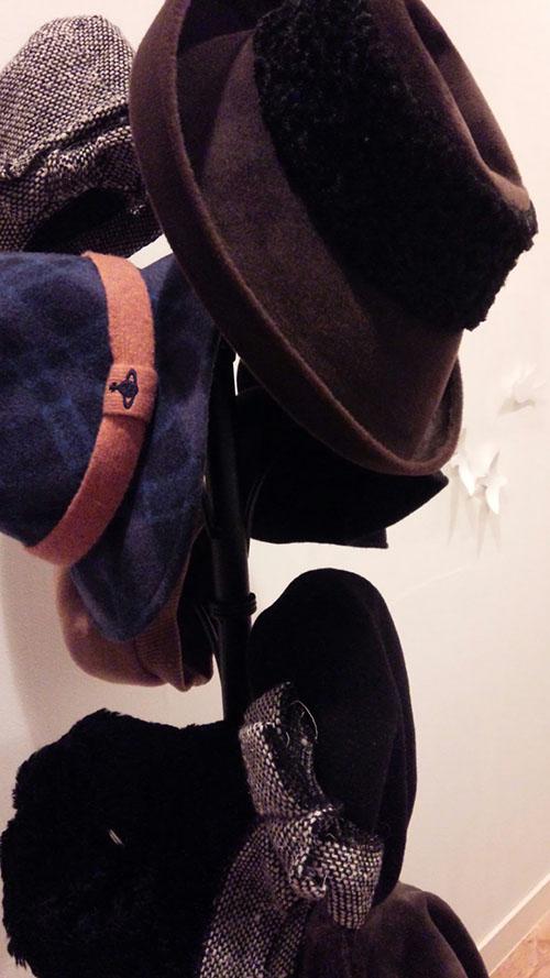 帽子ツリー_e0137223_1023645.jpg
