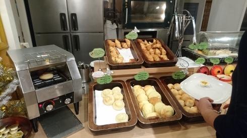 朝食バイキング_a0359239_00225363.jpg