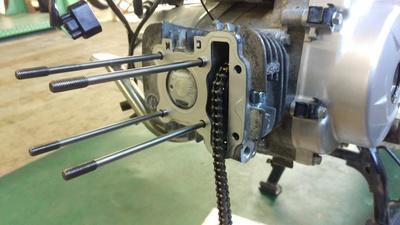 スーパーカブ エンジン修理_e0114857_17392446.jpg