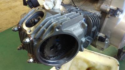 スーパーカブ エンジン修理_e0114857_17403023.jpg