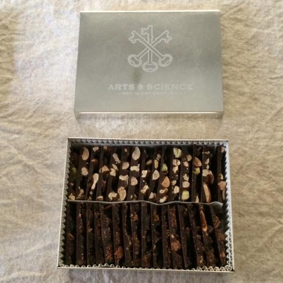 「Set of Three in a Tin Box」_c0192970_20405706.jpg