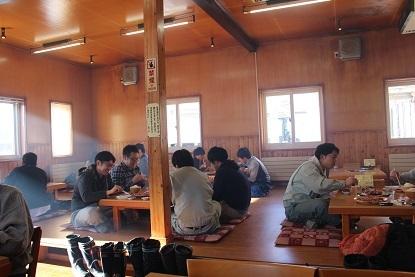 帯広市清川町のジンギスカン屋さん『白樺』 行きました。_f0362073_17124644.jpg
