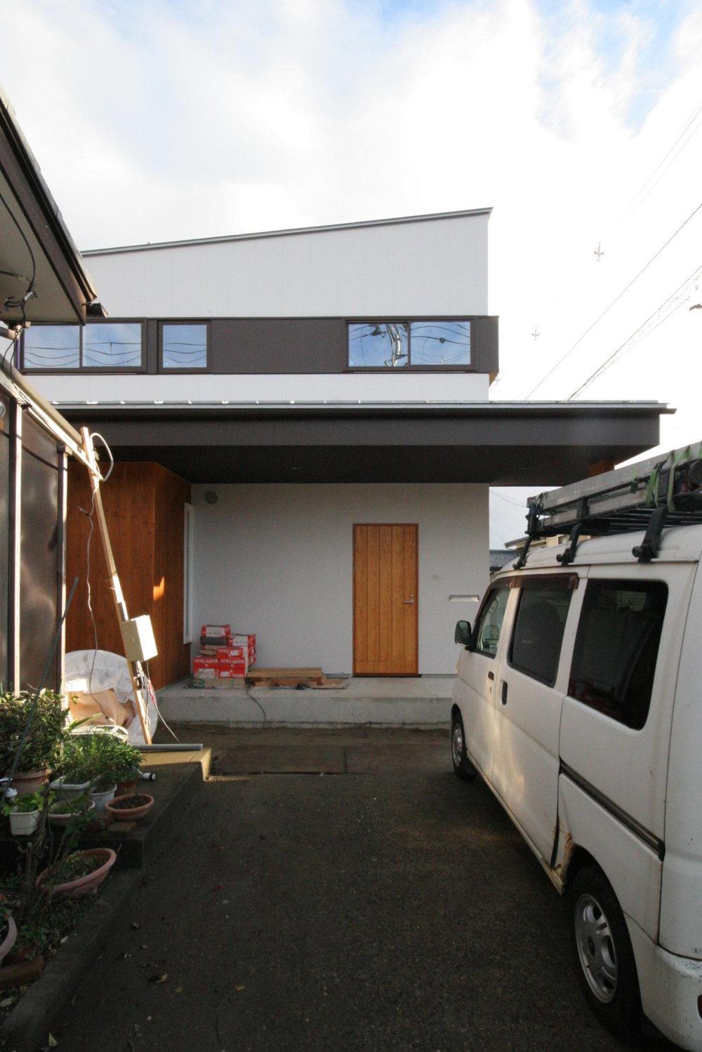 内装工事 坂井砂山の家_b0349892_16354468.jpg