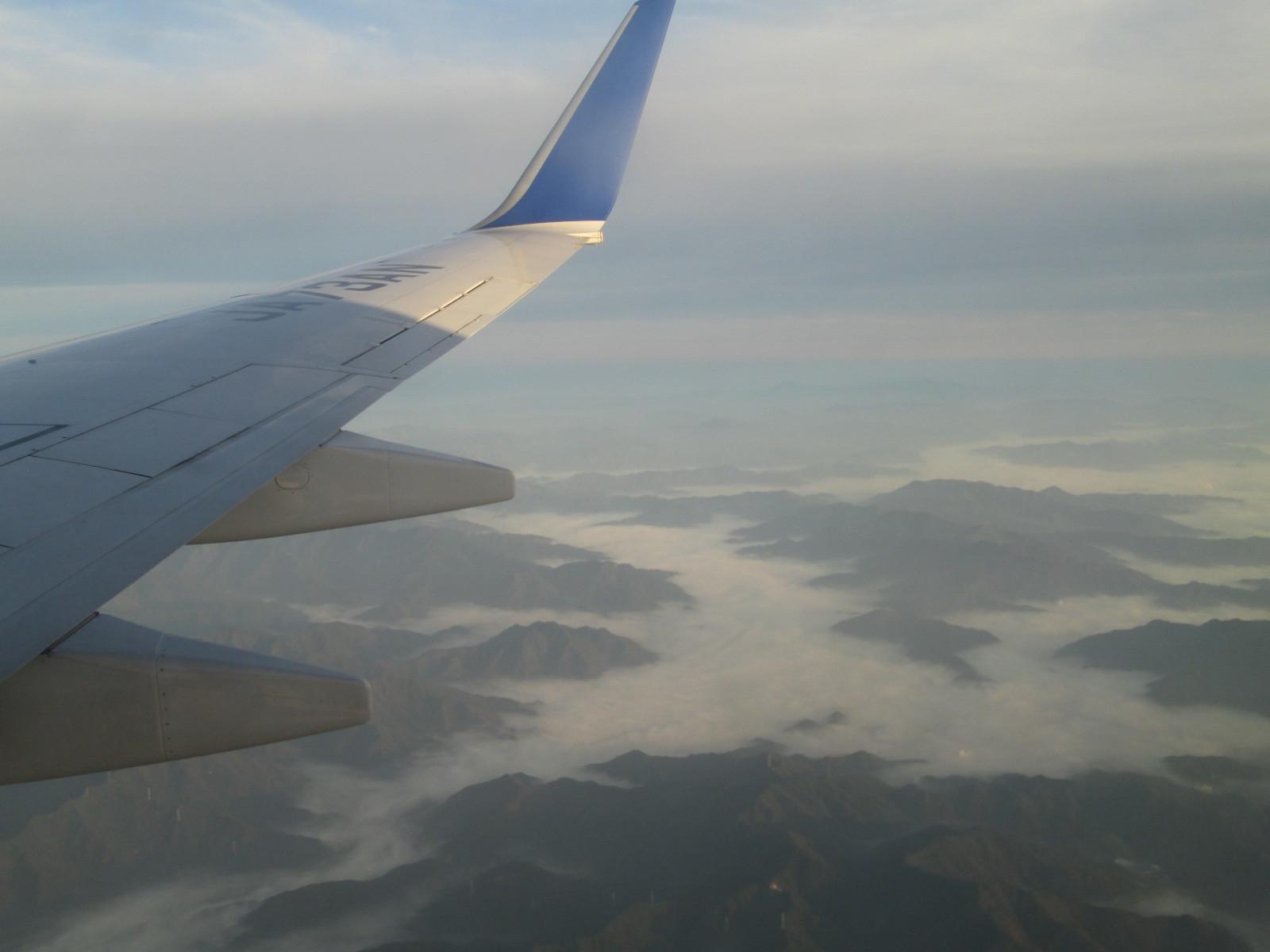 早朝、空からの眺め - 神戸旅行 その2 _a0057402_22535490.jpg