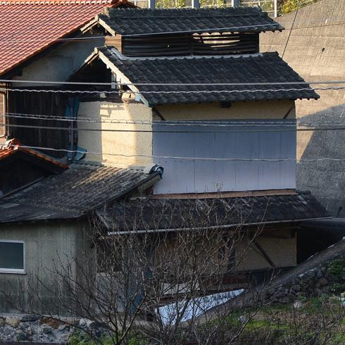 竹原近郊の小屋 03_f0099102_1636439.jpg