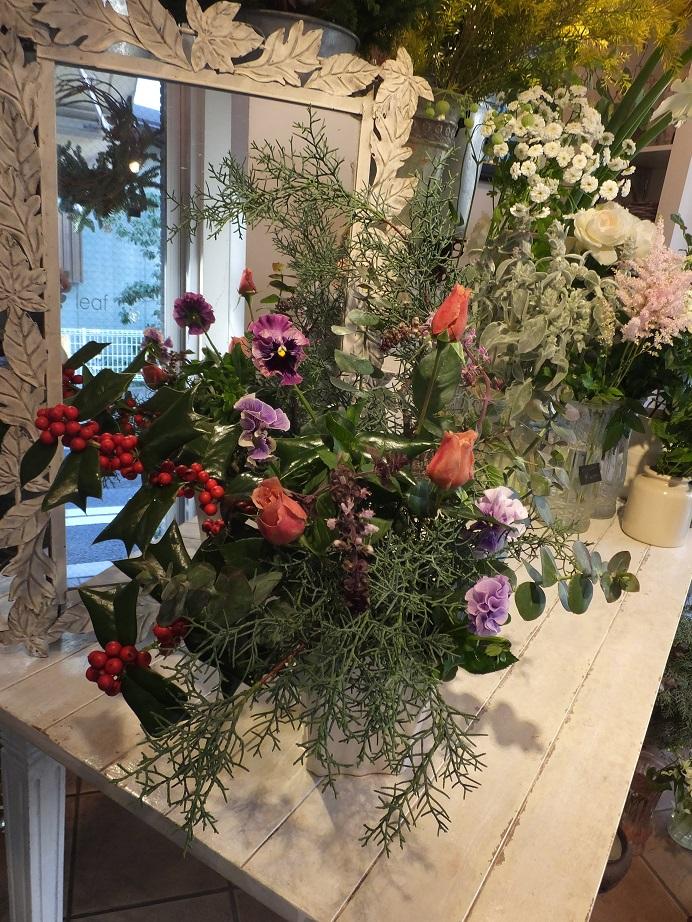 オークリーフ花の教室(赤地さんの作品)_f0049672_1855366.jpg