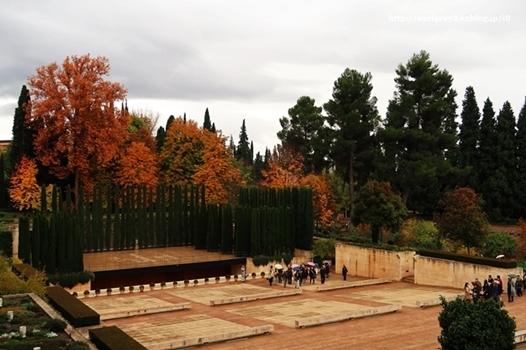 スペイン旅 2016  ヘネラリーフェ庭園_d0353281_00261064.jpg