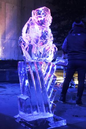 氷アートのライブ・パフォーマンス、Grace-ful Ice: Safari_b0007805_064390.jpg