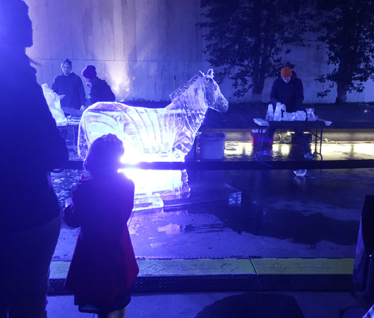 氷アートのライブ・パフォーマンス、Grace-ful Ice: Safari_b0007805_074135.jpg