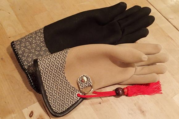 グローブギャラリー-3- 印伝 (glove gallery -3- Inden)_c0132048_2302315.jpg