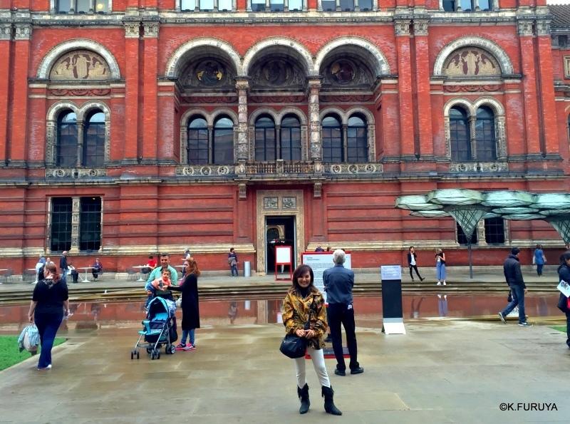 ロンドン その3  大好き♪V&A_a0092659_23202016.jpg