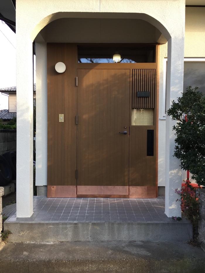 若槻の家3  玄関ドア取り付け完了_d0332870_1726221.jpg