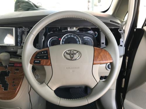 トヨタ・アイシス ステアリングのリペア_d0351087_21384365.jpg