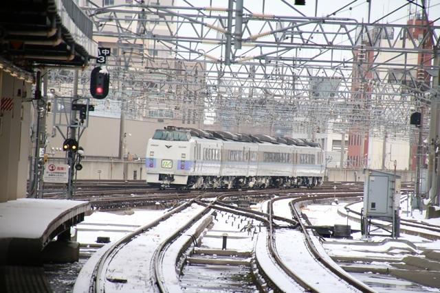 藤田八束の飛行機写真・鉄道写真@札幌駅でオホーツクに逢いました・・・札幌空港の飛行機も可愛く変身_d0181492_16154269.jpg