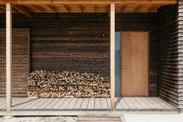 薪ストーブのある家っていいですね〜!_e0029115_17231166.jpg