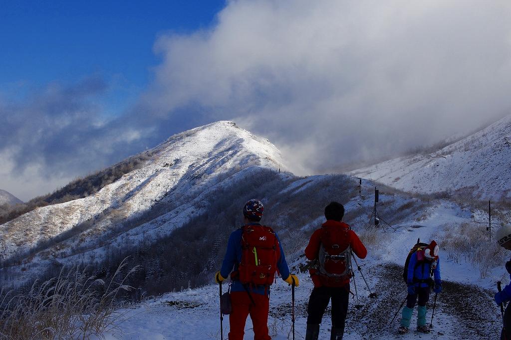 有珠山、12月11日-同行者からの写真-_f0138096_18245891.jpg
