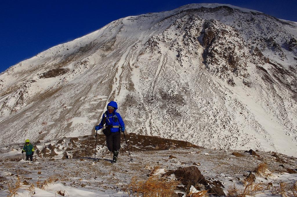 有珠山、12月11日-同行者からの写真-_f0138096_1826283.jpg